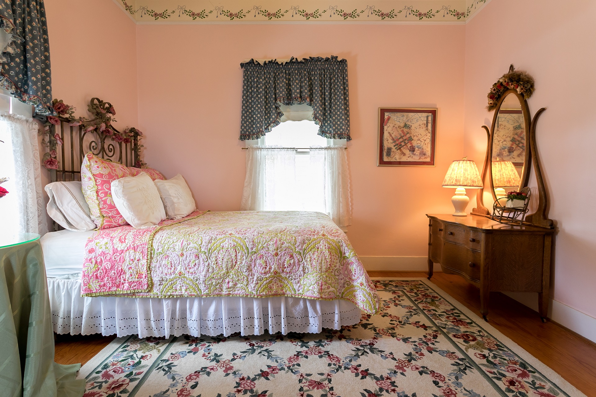 jewish single women in cottage hills This women-only retreat will have everything you need to relax your mind,  rejuvenate your body, and fill your spirit.