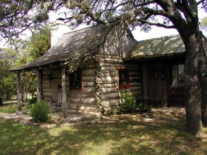 Fredericksburg homes texas hill country gastehaus schmidt for Texas hill country cabin builders