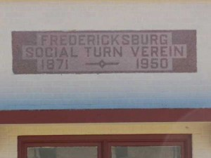 Fredericksburg Social Turn Verein established in 1871